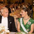 La princesse Victoria de Suède et Brian Kobilka, lauréat du Nobel de chimie, lors du dîner de gala en l'honneur des lauréats des prix Nobel, le 10 décembre 2012 à l'Hôtel de Ville de Stockholm.