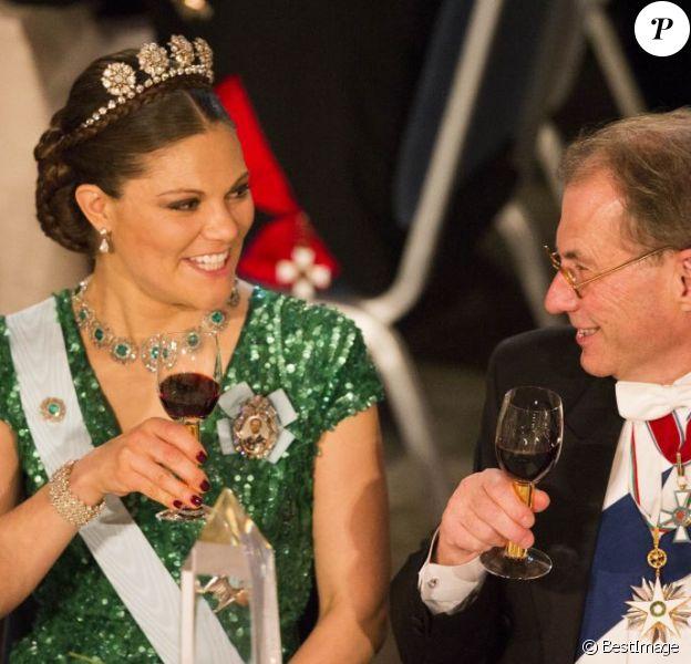 La princesse Victoria de Suède et le président du Parlement suédois Per Westerberg lors du dîner de gala en l'honneur des lauréats des prix Nobel, le 10 décembre 2012 à l'Hôtel de Ville de Stockholm.