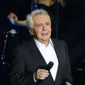 Michel Sardou : Ovationné pour son concert, il s'en prend à Gérard Depardieu