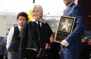 Hugh Jackman : Mari et papa fier avec sa famille, la tête dans les étoiles !