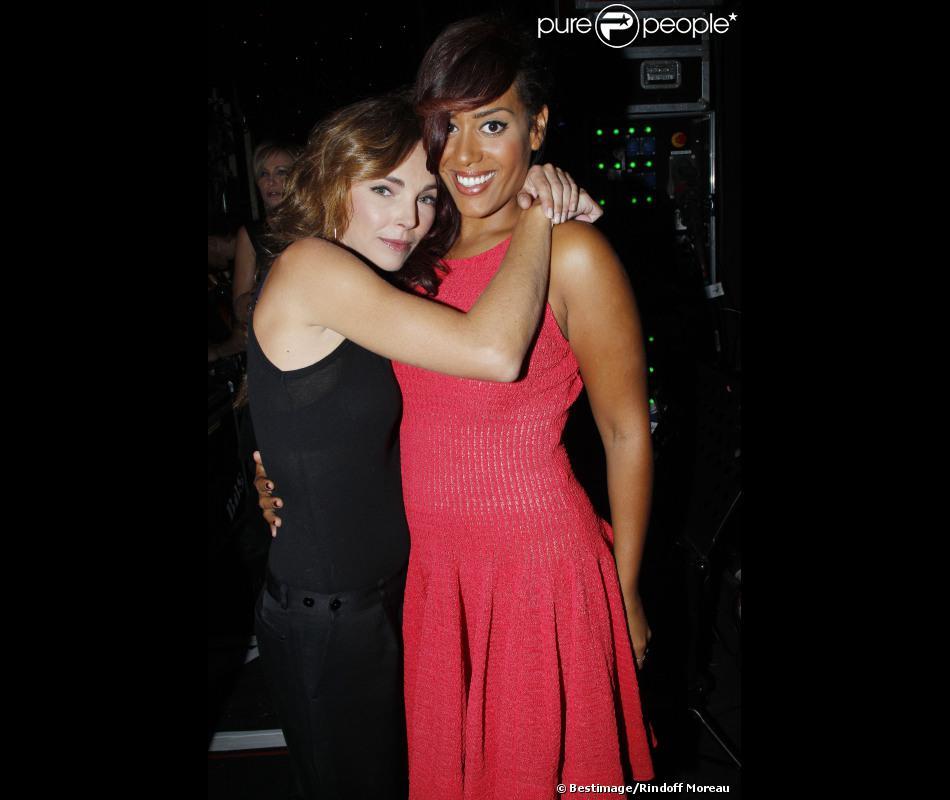 Claire Keim et Amel Bent très complices sur France 2 dans Hier Encore en septembre 2012