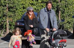 Alyson Hannigan : Maman radieuse et amoureuse, pour une sortie post-Noël
