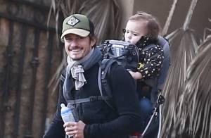Orlando Bloom : Jolie randonnée avec son fils Flynn, 2 ans