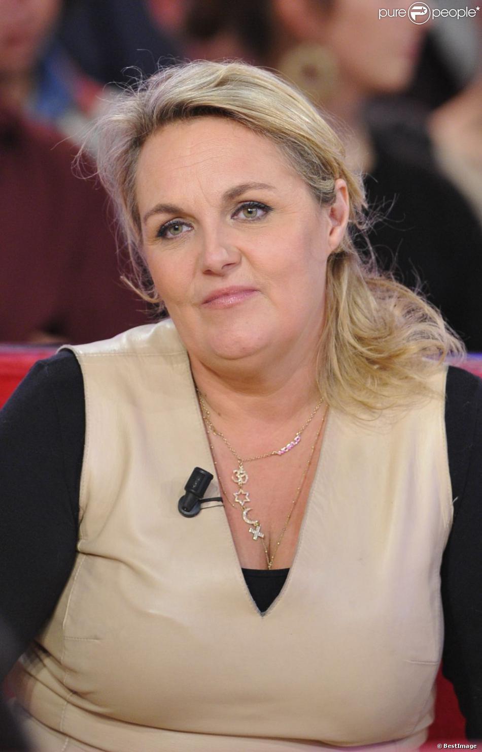 Valérie Damidot lors de l'enregistrement de Vivement dimanche à Paris, le 5 Decembre 2012.