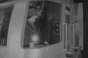 Elizabeth II : Lorsque la reine conduisait le métro de Londres, en 1969...