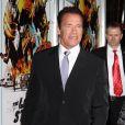 Arnold Schwarzenegger fait crépiter les flashs à la première de son film Le Dernier rempart au Grauman Chinese d'Hollywood, le 14 janvier 2013.