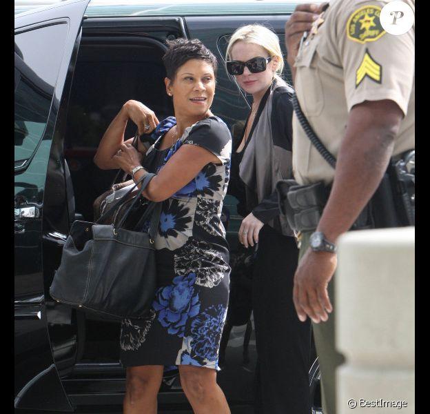 Lindsay Lohan et son avocate, Shawn Holley, au palais de justice de Los Angeles, le 21 juillet 2011.
