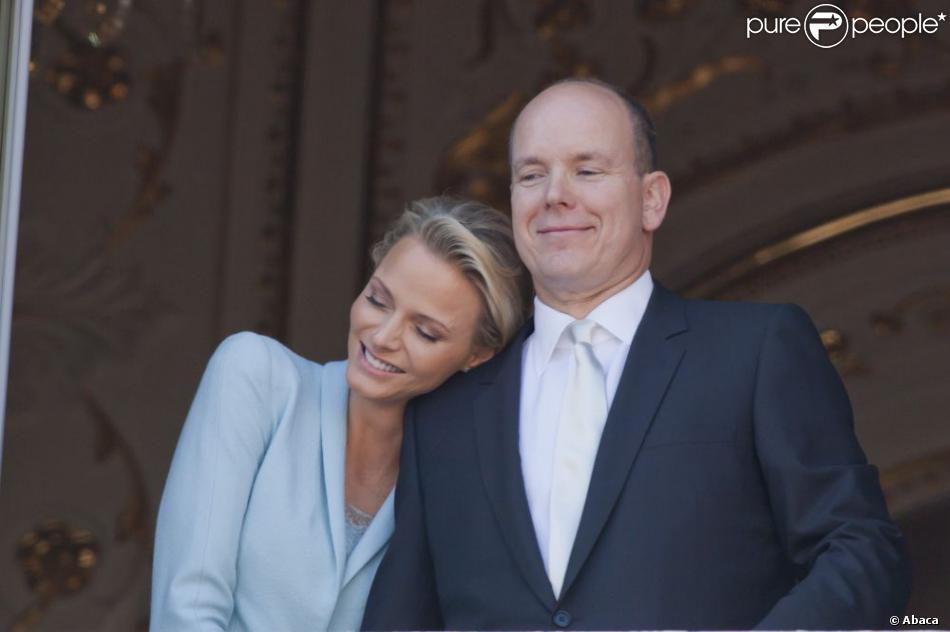 Le prince Albert II de Monaco et la princesse Charlene lors de leur mariage civil le 1er juillet 2011.