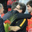 Le prince Felipe d'Espagne félicite le sélectionneur Valero Rivera et les siens après l'obtention d'un deuxième titre mondial, aux dépens du Danemark, le 27 janvier 2013 à Barcelone.