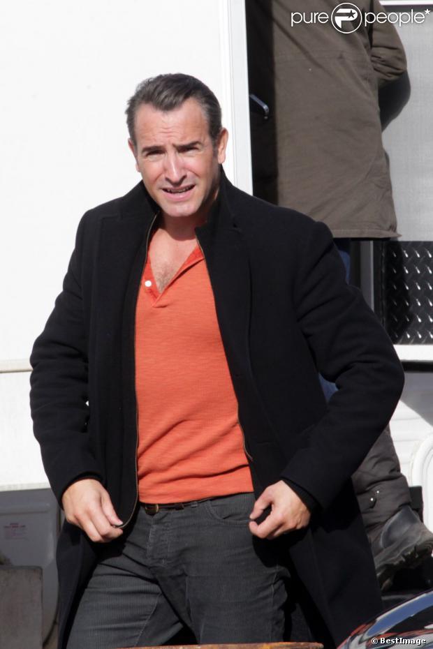 Jean dujardin qui joue le r le de jean jacques saurel sur for Nouveau film dujardin