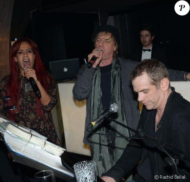 Amel Bent, Jean-Louis Aubert et Garou à l'after-show des Enfoirés qui s'est déroulée dans une chaude ambiance Chez Castel, à Paris, le 28 janvier 2012.