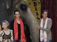 Pauline et Stéphanie de Monaco complices avec les jeunes talents du cirque