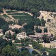 Vue aérienne du domaine de Miraval dans le Var appartennant à Angelina Jolie et Brad Pitt depuis 2008
