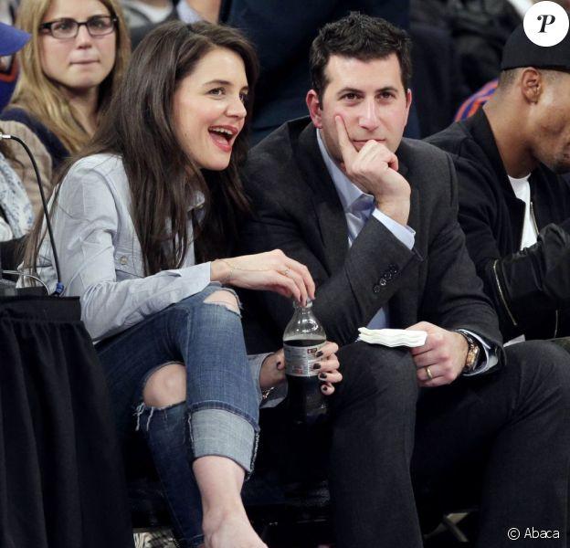 Katie Holmes au match des New York Knicks contre les Golden State Warriors au Madison Square Garden à New York, le 27 février 2013.