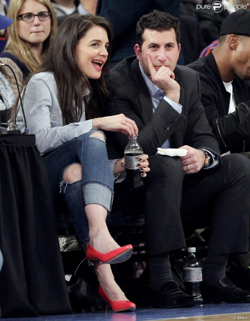 Katie Holmes au match des New York Knicks contre les Golden State Warriors au Madison Square Garden à New York, le 27 février 2013.