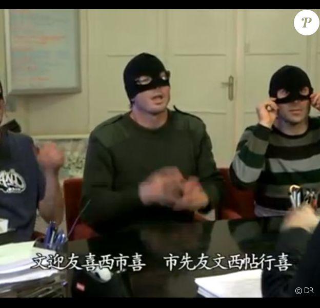 Action Discrète perturbe le Nouvel An chinois pour promouvoir le nouvel album de Patrick Sébastien, A l'attaque - mars 2013