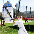 Stella, la fille de Tori Spelling à la fête costumée dans le thème Star Wars organisée pour les six ans de son frère Liam, à Los Angeles, le 16 mars 2013.