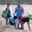 Heidi Klum, son petit ami Martin Kirsten et ses enfants Leni et Johan passent la matinée sur la plage à Hawaii, le 25 mars 2013.