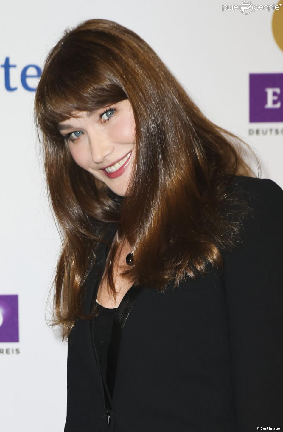 Carla Bruni sur le tapis rouge des Echo Music Awards à Berlin, le 21 mars 2013.
