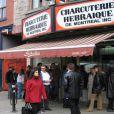 Céline Dion et son mari René Angélil ont déboursé 10 millions de dollars pour acheter une sandwicherie à Montréal.