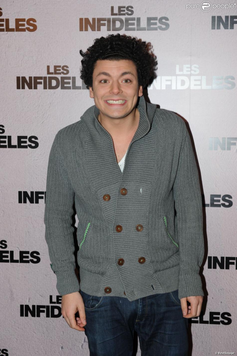 Kev Adams à la première du film Les Infidèles à Pars le 14 février 2012.