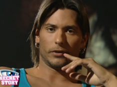 VIDEO : John-David de Secret Story vous donne un cours de séduction...