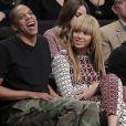 Jay-Z et Beyoncé, supporters des Brooklyn Nets au premier rang du Barclays Center. Novembre 2012.