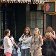 La princesse Madeleine de Suède avec un groupe d'amis, à New York le 10 avril 2013.