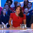 Elie Semoun divin en Miss Météo du Grand Journal de Canal + le vendredi 12 avril 2013