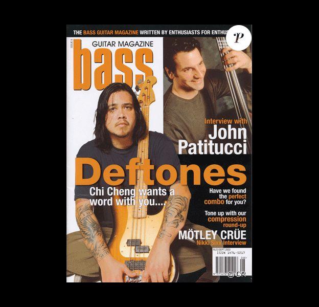 Chi Cheng, bassiste de Deftones, en couverture de Bass Guitar Magazine. Chi est mort le 13 avril 2013, un peu moins de cinq ans après l'accident de la route qui l'avait plongé dans le coma.