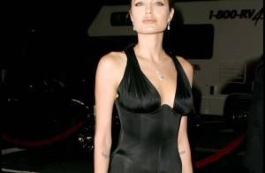 Angelina Jolie : Erotique et topless à 25 ans pour une photographie culte