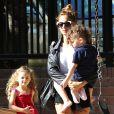 Nicole Richie et ses deux enfants Harlow et Sparrow à Beverly Hills, le 12 avril 2013.