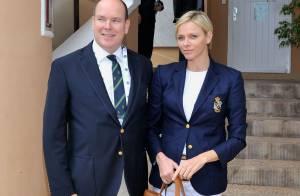 Charlene de Monaco: Très chic spectatrice au côté du prince Albert à Monte-Carlo