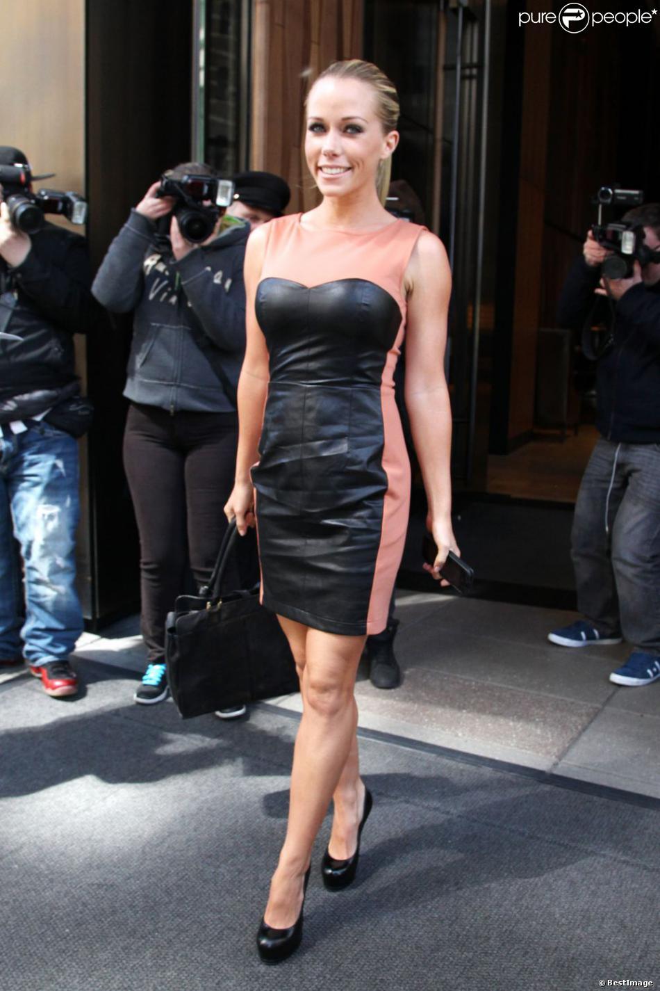 Kendra Wilkinson dans les rues de New York, le 2 avril 2013.