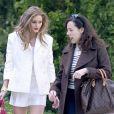 Exclusif - Olivia Palermo et une amie se promènent à Madrid, le 24 avril 2013.
