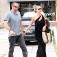 La belle Heidi Klum et son compagnon Martin Kirsten sont allés faire du shopping à Beverly Hills. Le 30 avril 2013.