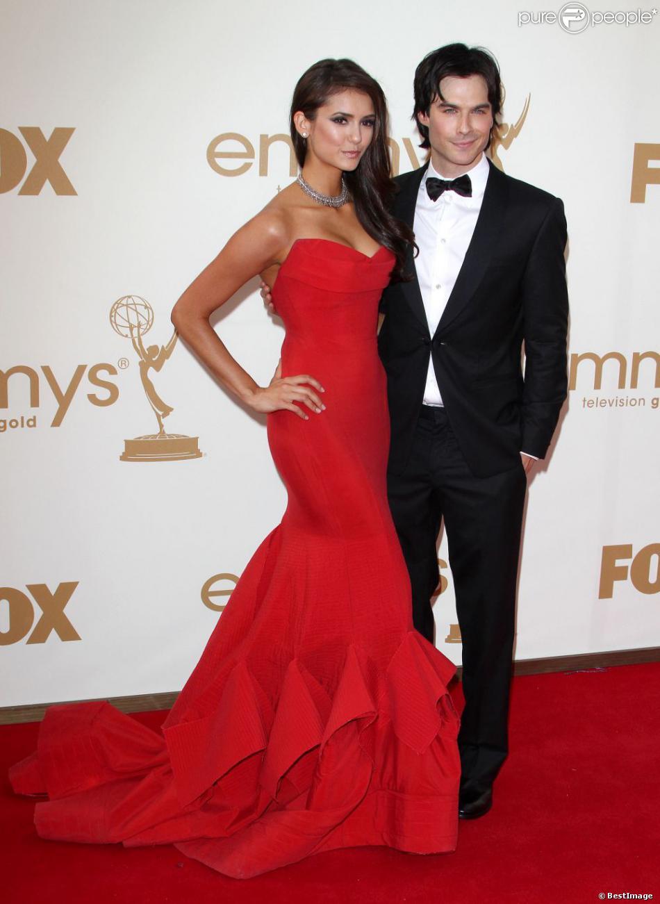 Nina Dobrev et Ian Somerhalder lors des Emmy en 2011
