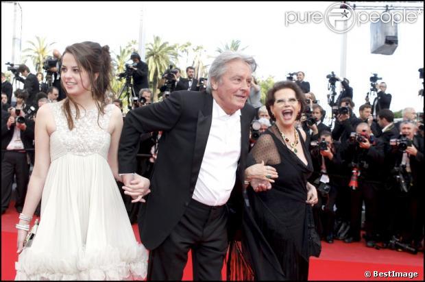 Cannes 2013 1126685-anouchka-delon-son-pere-alain-delon-et-620x0-1