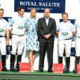 Karolina Kurkova, Michael Carrazza, Malcolm Borwick, le prince Harry et Marc Ganzi lors du match Sentebale Royal Salute Polo Cup à Greenwich, Connecticut, le 15 mai 2013 lors de la visite officielle du prince Harry aux Etats-Unis.