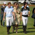 Le prince Harry et Nacho Figueras lors du match Sentebale Royal Salute Polo Cup à Greenwich, Connecticut, le 15 mai 2013 lors de la visite officielle du prince Harry aux Etats-Unis.