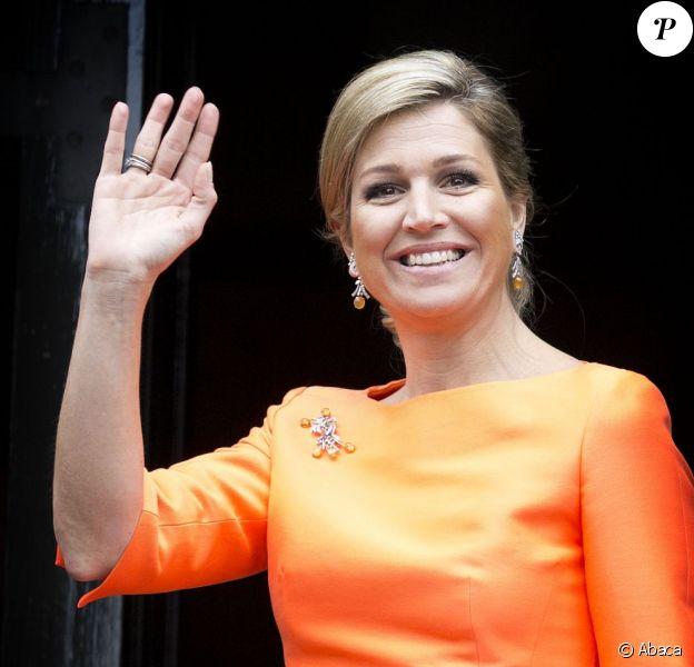 La reine Maxima, flashy mais patriote, et le roi Willem-Alexander des Pays-Bas remettaient le 16 mai 2013 les prix annuels du Fonds Orange, à Amsterdam.