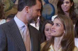 Letizia et Felipe d'Espagne : Amoureux au travail pour leurs 9 ans de mariage