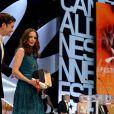 Bérénice Bejo recevant le prix d'interprétation pour Le Passé au Festival de Cannes le 26 mai 2013