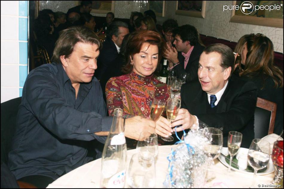 Bernard Tapie et sa femme Dominique à Paris le 22 octobre 2004.