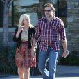 Tori Spelling, sans maquillage, et son mari Dean McDermott sont allés faire des courses chez Bristol Farms à Sherman Oaks. Le 8 décembre 2012.