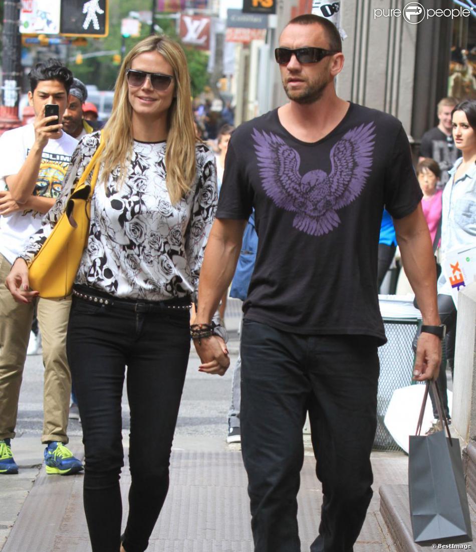 Heidi Klum And Martin Kristen Beach Heidi Klum et M...
