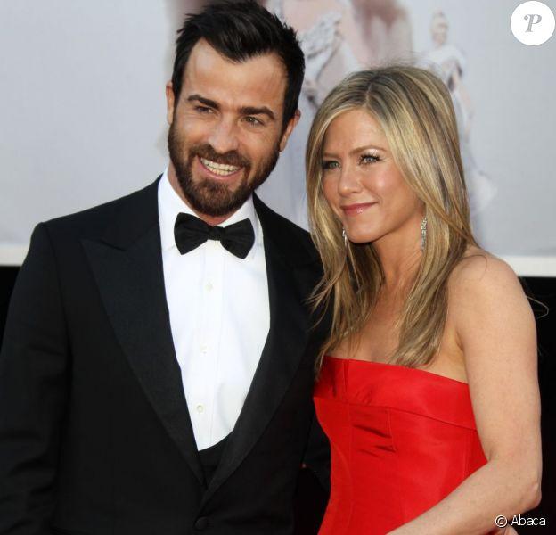 Justin Theroux et Jennifer Aniston lors de la cérémonie des Oscars le 24 février 2013