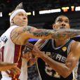 Chris Anderson et Tim Duncanlors du match 7 des finales NBA à Miami, le 20 juin 2013.