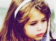 Qui est cette adorable fillette, future star de la chanson ?