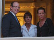 Caroline et Stéphanie de Monaco, complices et rieuses avec leur frère Albert